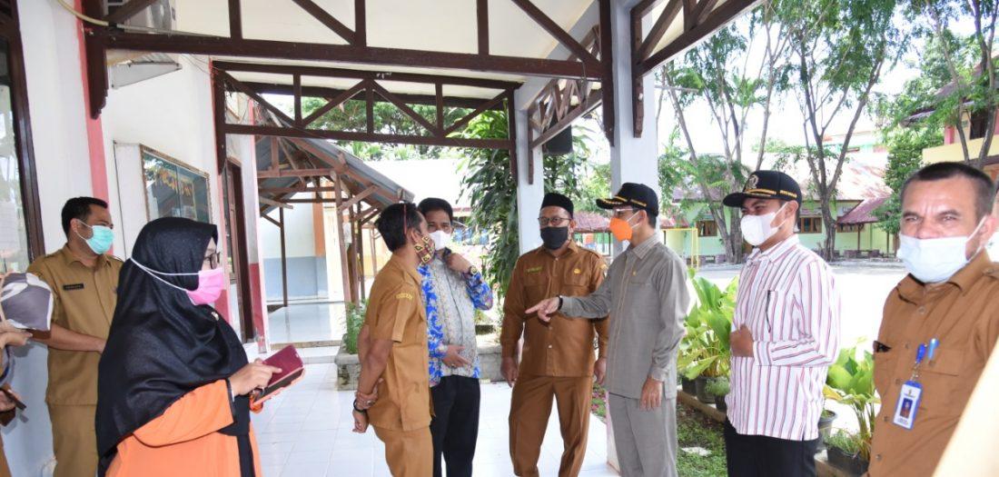 Kedatangan Ketua DPRK dan Anggota DRPK Komisi IV Kota Banda Aceh pada SMP Negeri 19 Percontohan Banda Aceh